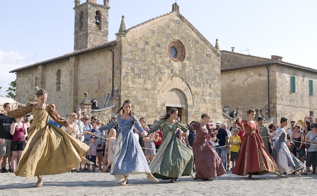 medieval festival nowadays - Festivals of the Middle Ages
