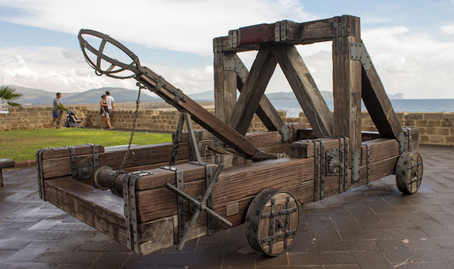 siege weapon mangonel - Medieval Siege Weapons
