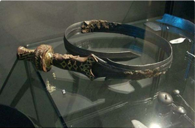 Cool medieval weapons 400x262 - 10 coolest medieval weapons that were super deadly
